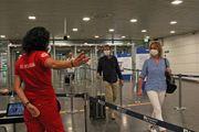 Controlli all'aeroporto di Fiumicino (Ansa)