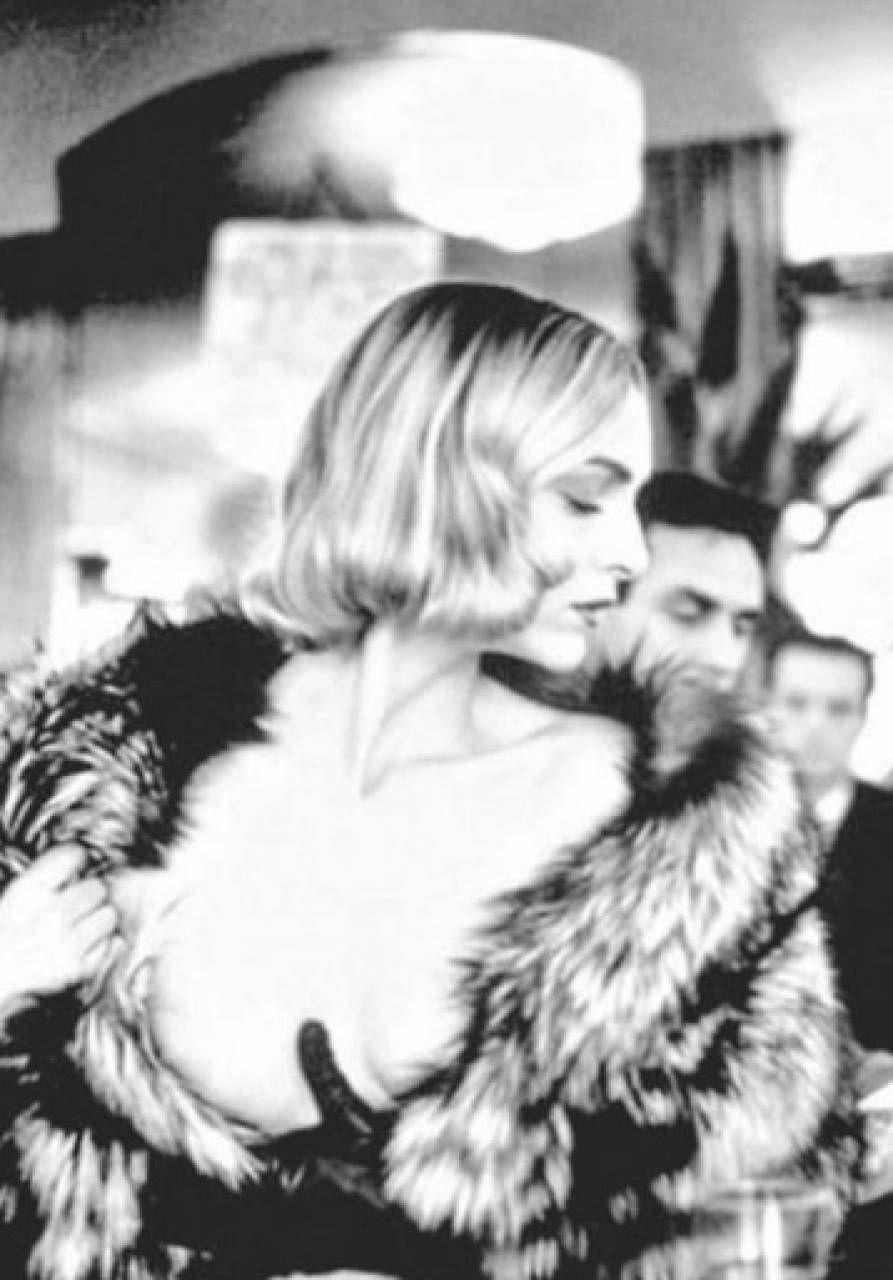 Simonetta Gianfelici nel famoso servizio fotografico di Helmut Newton