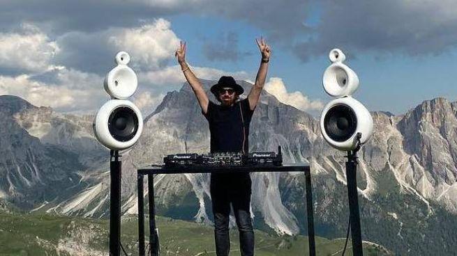 Benny Benassi suona nel progetto 'Panorama'