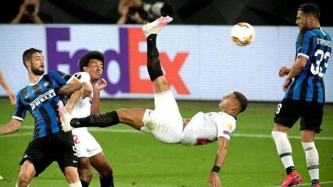Diego Carlos in gol (Ansa)