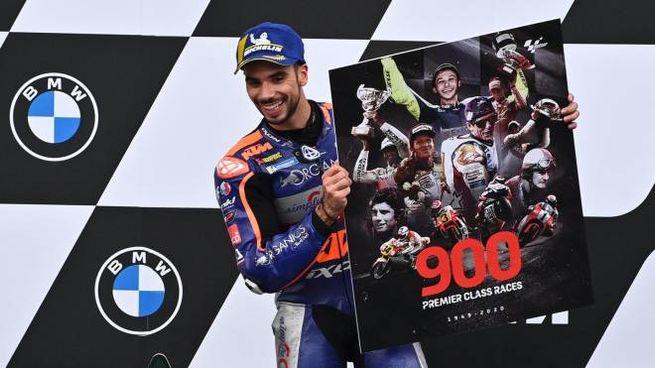 Miguel Oliveira festeggia la vittoria del Gp di Stiria (Ansa)