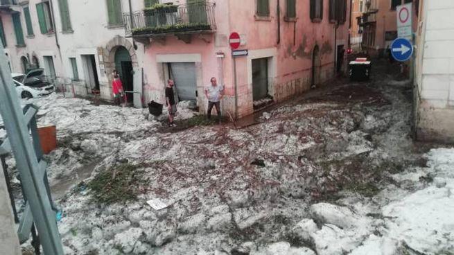 Maltempo, il temporale che ha colpito Verona domenica 24 agosto (Ansa)