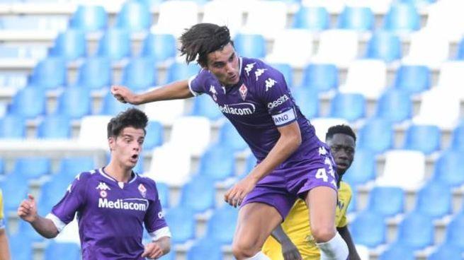 Dutu in azione durante la finale: è suo il gol che porta la coppa (Twitter Fiorentina)
