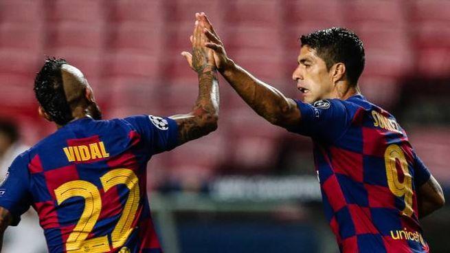 Arturo Vidal e Luis Suarez (Ansa)