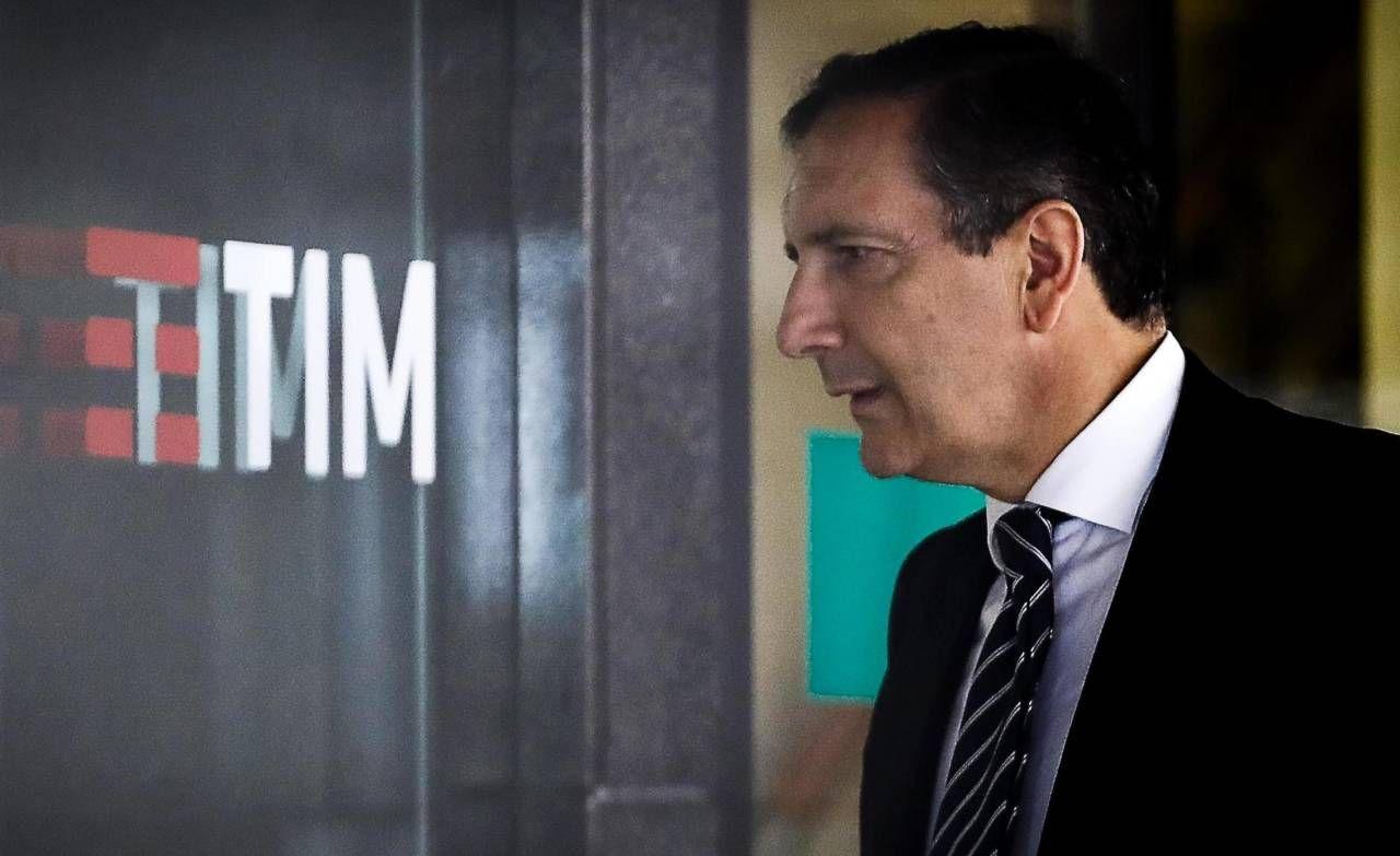 Luigi Gubitosi, 59 anni, amministratore delegato di Tim