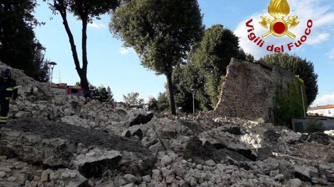 Crollo delle mura medievali a Pistoia