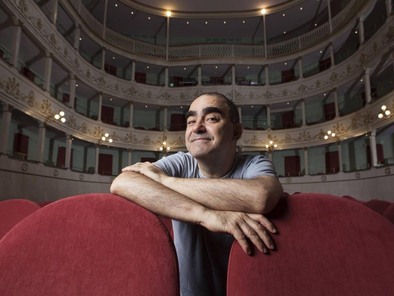 Elio, dopo aver messo in stand by il progetto con «Le storie Tese», è tornato al suo primo amore: la musica classica