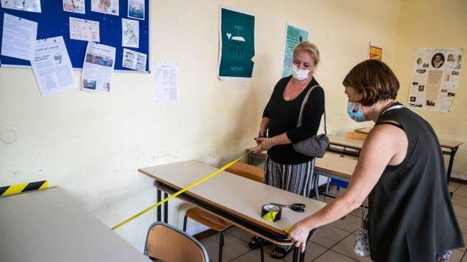 Preparativi: il 14 settembre si torna a scuola (Ansa)