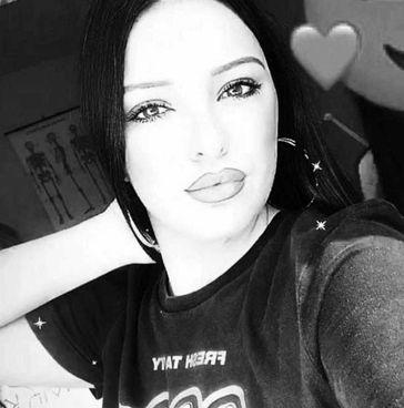 """Napoli, la giovane Paola innamorata di un trans uccisa dal fratello: """"non potevo accettarlo"""""""