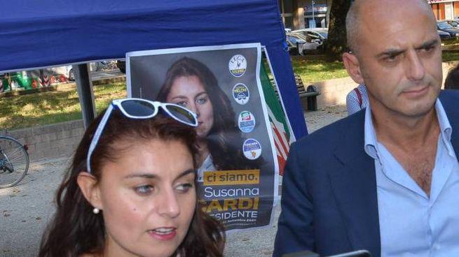 Susanna Ceccardi ieri ad Arezzo con il deputato di Forza Italia Stefano Mugnai