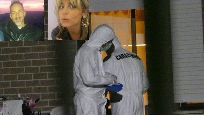 I carabinieri davanti alla casa, nei riquadri Leonardo Santini e Claudia Corrieri