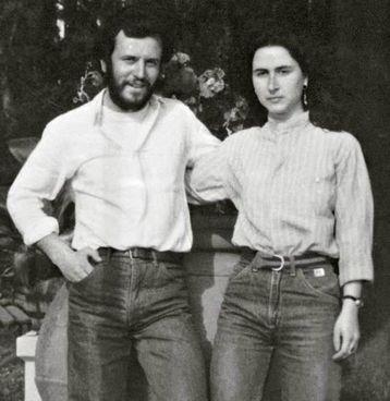 Una vecchia immagine di Carmela De Nuccio con il fidanzato Giovanni Foggi