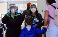 """Covid, i pediatri: """"Certificati per la scuola? Non li facciamo"""". Caos tamponi"""