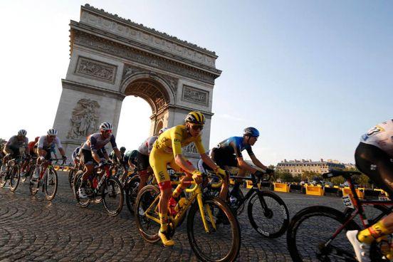 Tour de France, l'ultima tappa sugli Champs Elysées (Ansa)