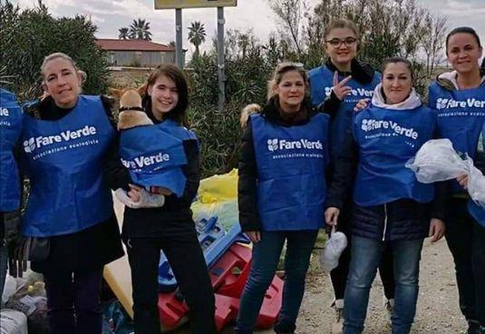"""I volontari di """"Fare Verde"""" sono attivi in tutto il territorio della Versilia"""