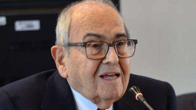 L'ex ministro Francesco Merloni ha trascorso un mese in ospedale