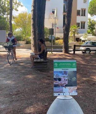 Il 'Parco dei diritti naturali delle bambine e dei bambini' è immerso nella pineta di Tagliata e Pinarella