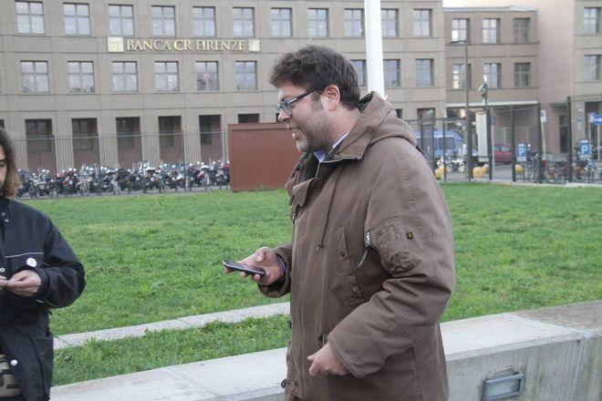 L'udienza preliminare per la morte di Magherini, striscioni