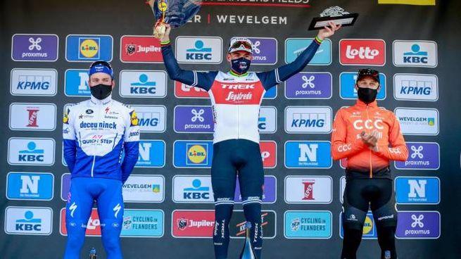 Il podio della Gand-Wevelgem 2020 (Ansa)