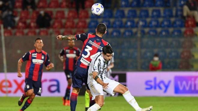 Crotone-Juventus 1-1, Morata risponde a Simy. Espulso Chiesa - Sport -  Calcio - quotidiano.net