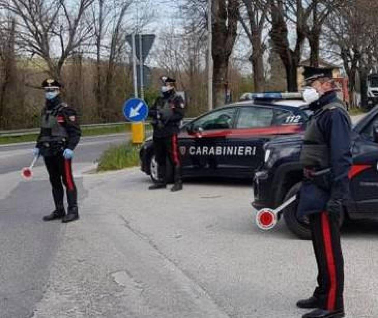 Blocchi stradali a Rimini durante la fase acuta dell'emergenza