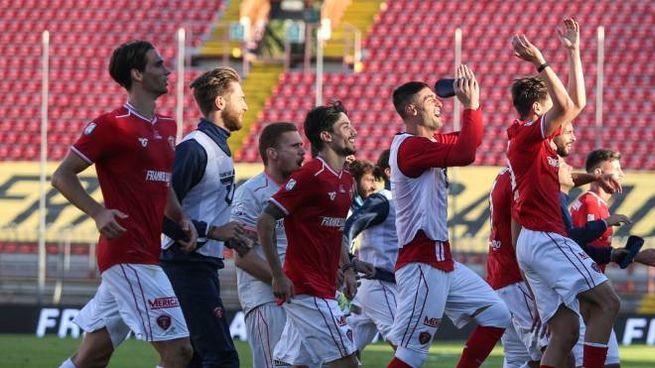 L'esultanza del Perugia a fine gara (Crocchioni)