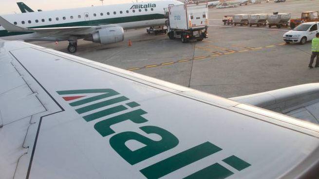 Aerei Alitalia a Linate (Newpress)