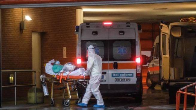 Il pronto soccorso del Niguarda sotto pressione dopo il boom di contagi