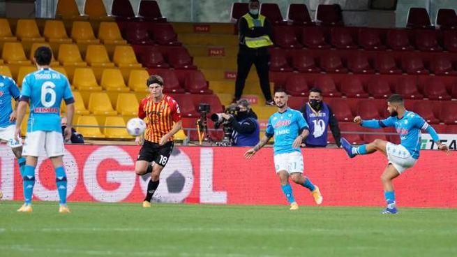 Il gol del pareggio di Lorenzo Insigne (Ansa)