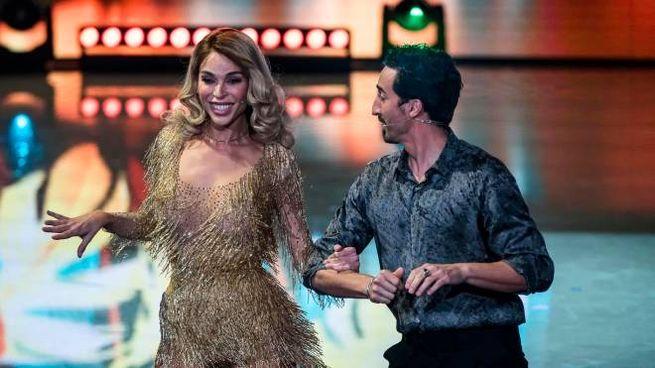 Ballando con le Stelle, Vittoria Schisano e Samuel Peron (Ansa)