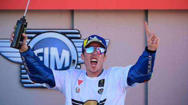 La gioia di Joan Mir, campione del mondo nella MotoGp 2020 (Ansa)
