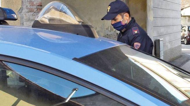 Sul posto sono interventi polizia di Stato e 118 (foto di repertorio)