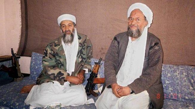 Osama bin Ladem e Ayman al-Zawahiri in una foto d'archivio (Ansa)