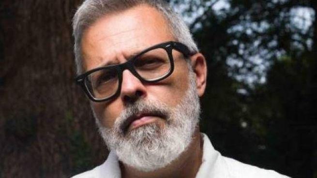 Frankie hi-nrg mc, pseudonimo di Francesco Di Gesù, 51 anni