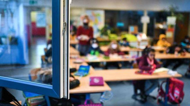 Coronavirus, il governo vuole riaprire le scuole (Ansa)