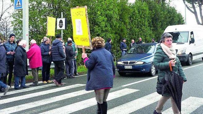Una delle tante manifestazioni di protesta contro l'autovelox diventato un incubo per i pe