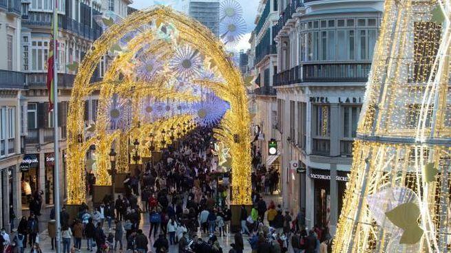 Verso il Natale in Spagna (Ansa)