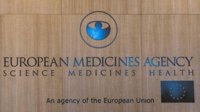 Il logo dell'Ema, Agenzia europea del farmaco (Ansa)