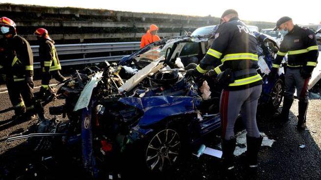 Incidente tra auto e camion sulla A4