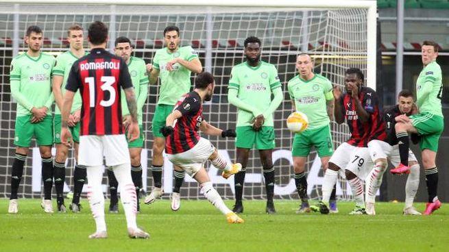 Milan Celtic, il gol di Calhanoglu (Ansa)