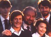 La famiglia Tognazzi. In primo piano il figlio Gian Marco, oggi 53 anni. Al centro il padre, l'attore Ugo Tognazzi