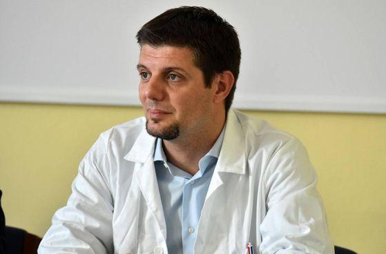 Il professor Francesco Dentali, responsabile dell'Hub Covid del Circolo
