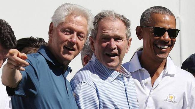 Da sinistra Bill Clinton, George W. Bush e Barack Obama (Ansa)