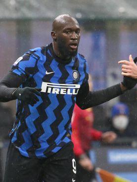 Romelu Lukaku, contro il Bologna l'ottavo gol in campionato: sono 12 in 13 partite stagionali, 37 reti nel 2020. Con lui l'Inter parte da 1-0