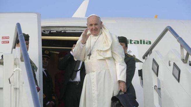 Papa: sarà in Iraq dal 5 all' 8 marzo 2021 (Ansa)