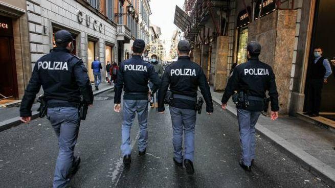 Controlli della polizia a Roma (ImagoE)