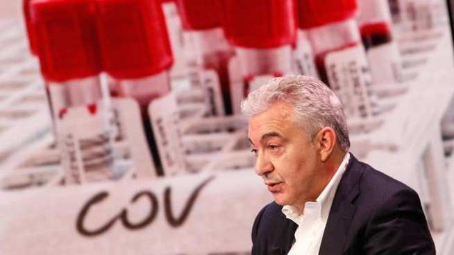 Domenico Arcuri, conferenza stampa sui vaccini (Ansa)