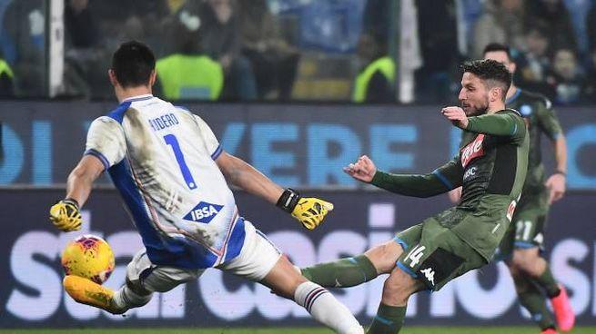 Merters in azione contro la Sampdoria (Ansa)