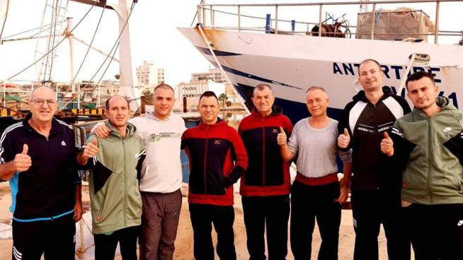 I pescatori italiani liberati in Libia (Ansa)