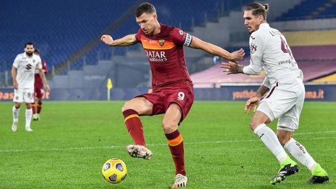 Roma-Torino, in azione Edin Dzeko (Ansa)